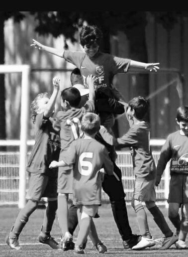 abraham-croix-football-éducation-sport